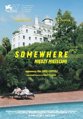 Somewhere. Między miejscami / Somewhere