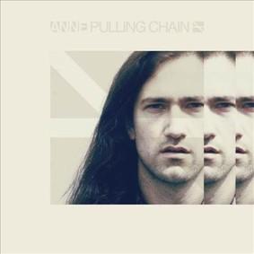Anne - Pulling Chain