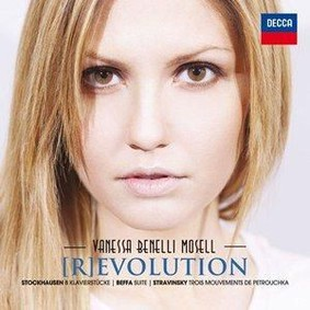 Vanessa Benelli Mosell - [R]evolution